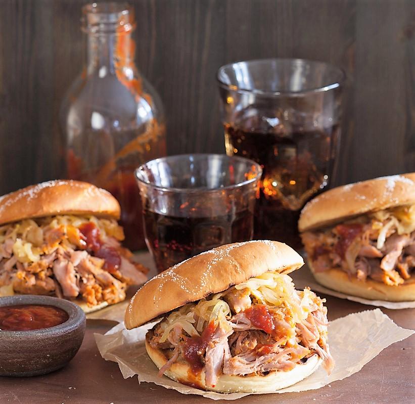 Burger με Ψαρονέφρι και Σπιτική Σάλτσα BBQ