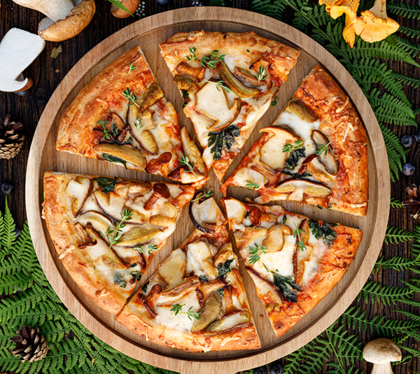 Πίτσα με Άγρια Μανιτάρια και Λάδι Τρούφας
